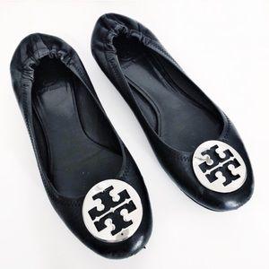 TORY BURCH | reva ballet flat black silver logo 9